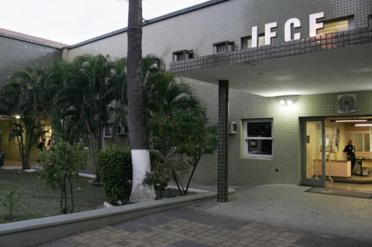 fachada do IFCE