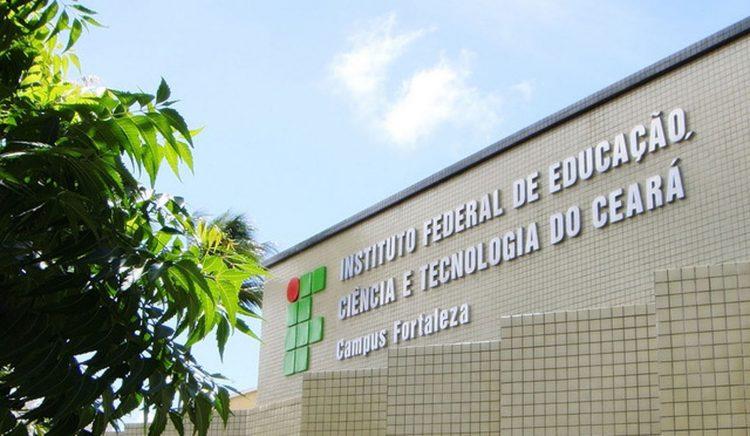 Fachada do campus Fortaleza do Instituto Federal de Educação, Ciência e Tecnologia do Ceará (IFCE)