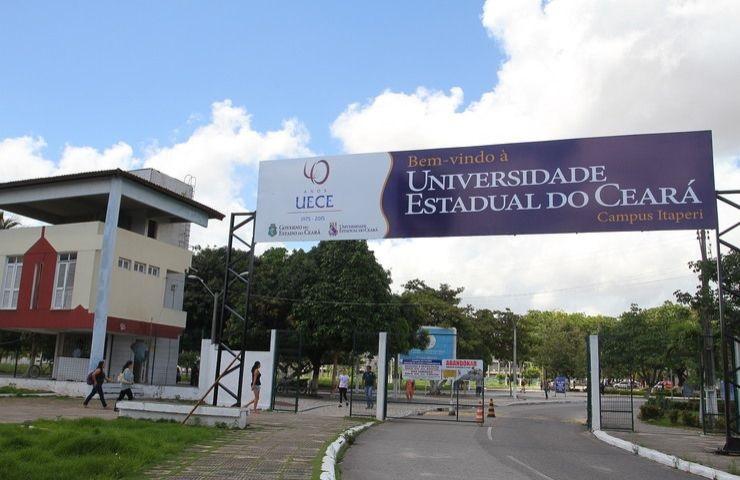 Facha da Uece, que abre inscrições para o mestrado acadêmico em Ciência da Computação