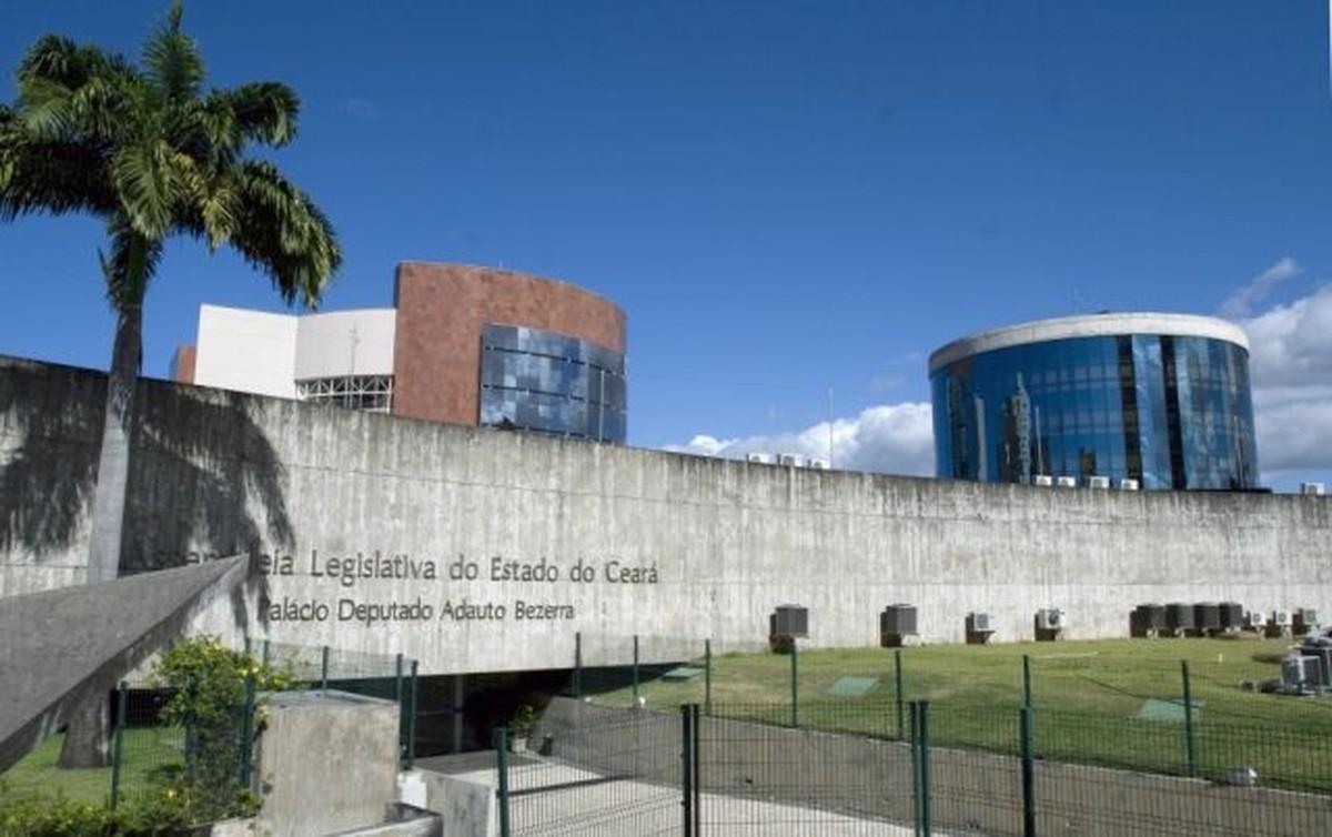 Prédio antigo, mas funcional, da Assembléia Legislativa do Ceará