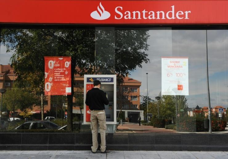 Empreendedores: Fachada do banco Santander